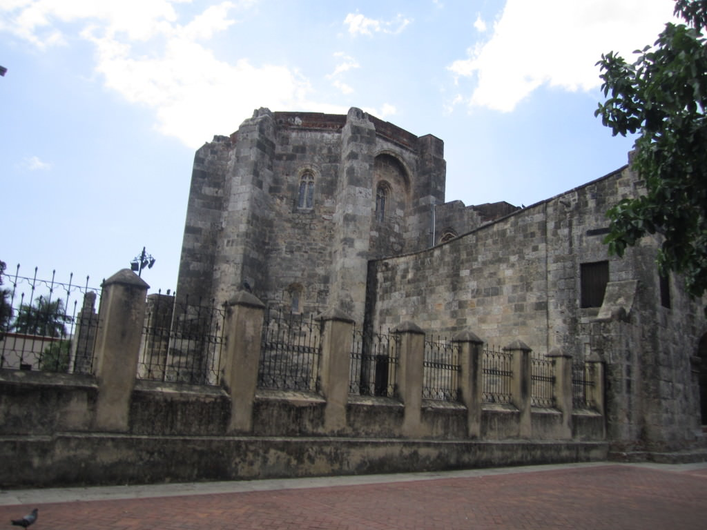 Parque Colon church iglesia Santo Domingo Domincan Republic 064
