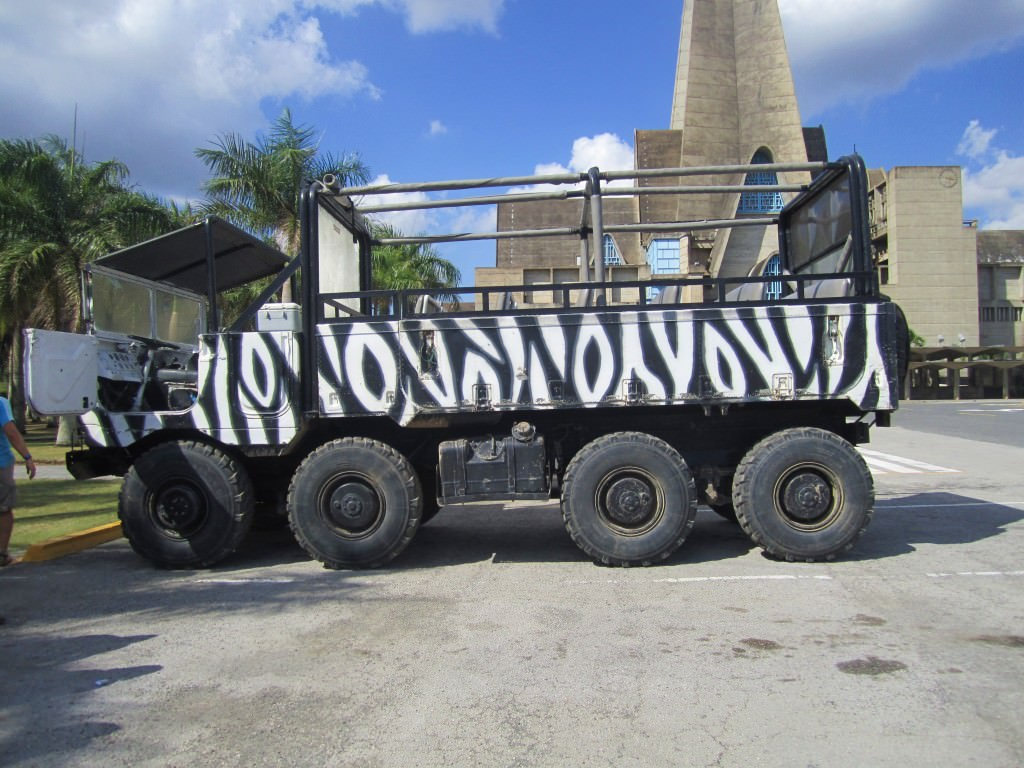 Monster Truck Safari Domincan Republic 134