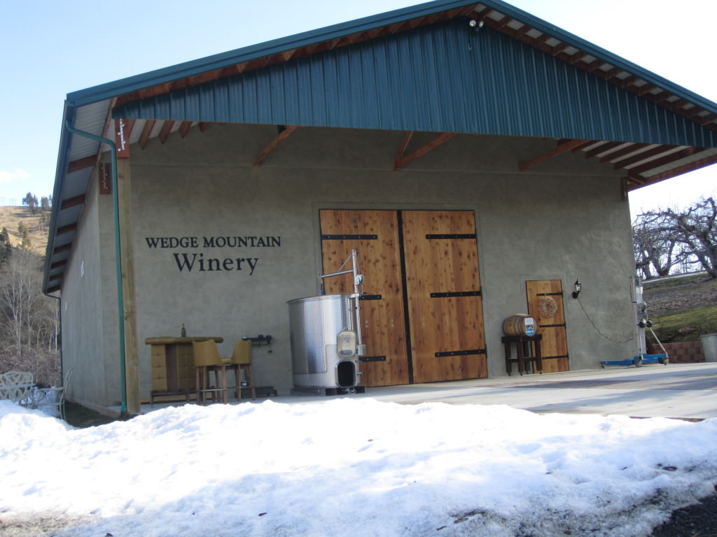 Winter wine tasting in Leavenworth