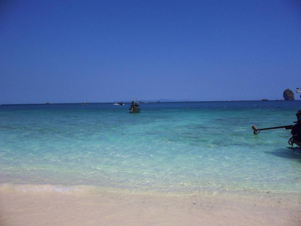 Monkey Beach, Koh Phi Phi Thailand 044
