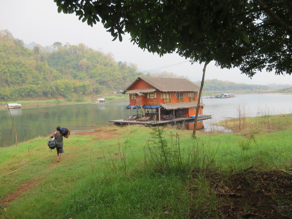 floating lake house safari, Thailand