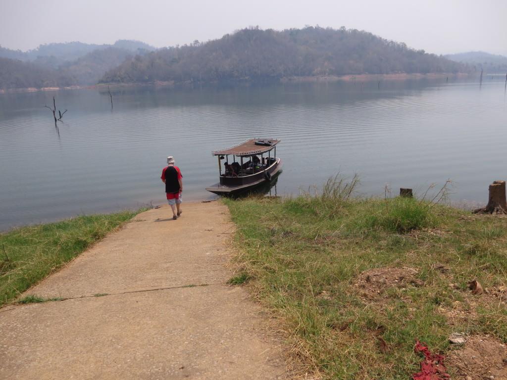 floating lake safari Thailand