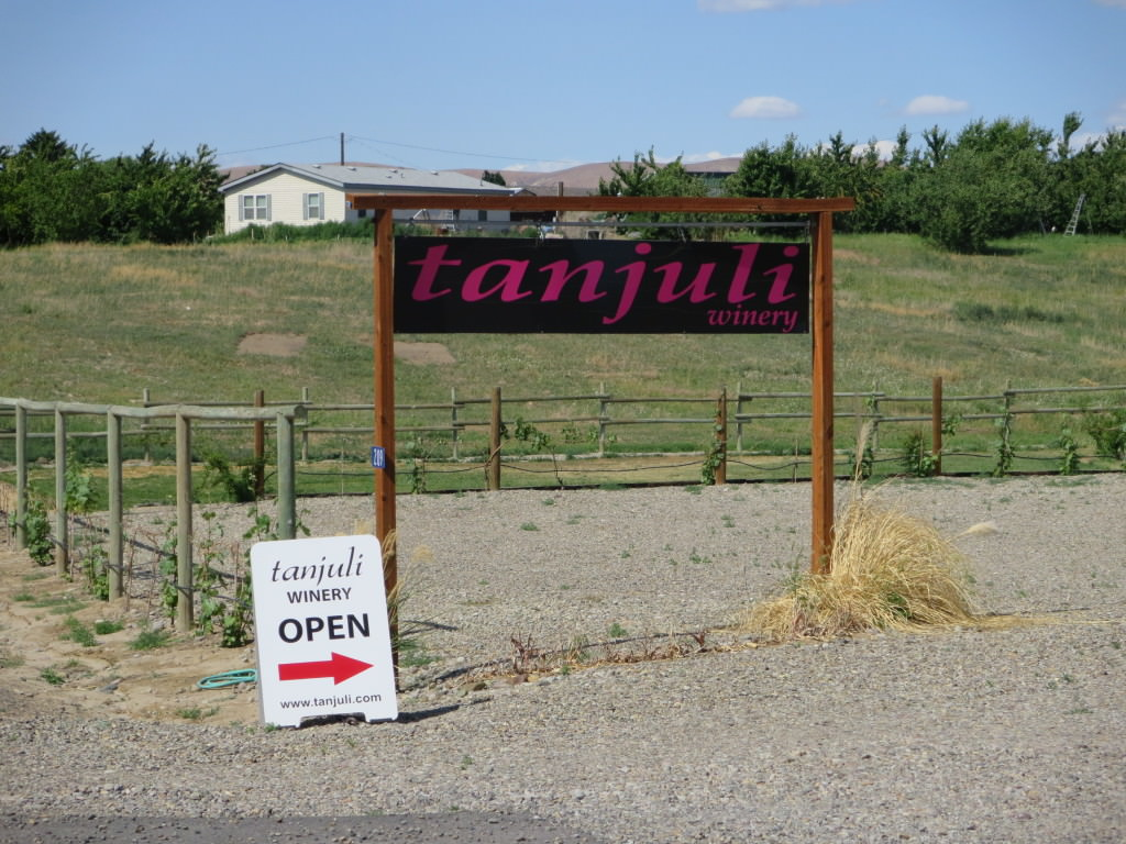 Tanjuli Winery wine tasting in Yakima Valley