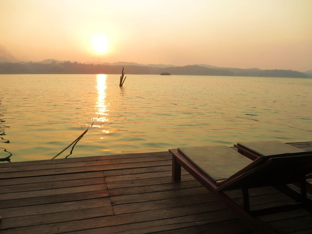 floating lake safari Thailand 964