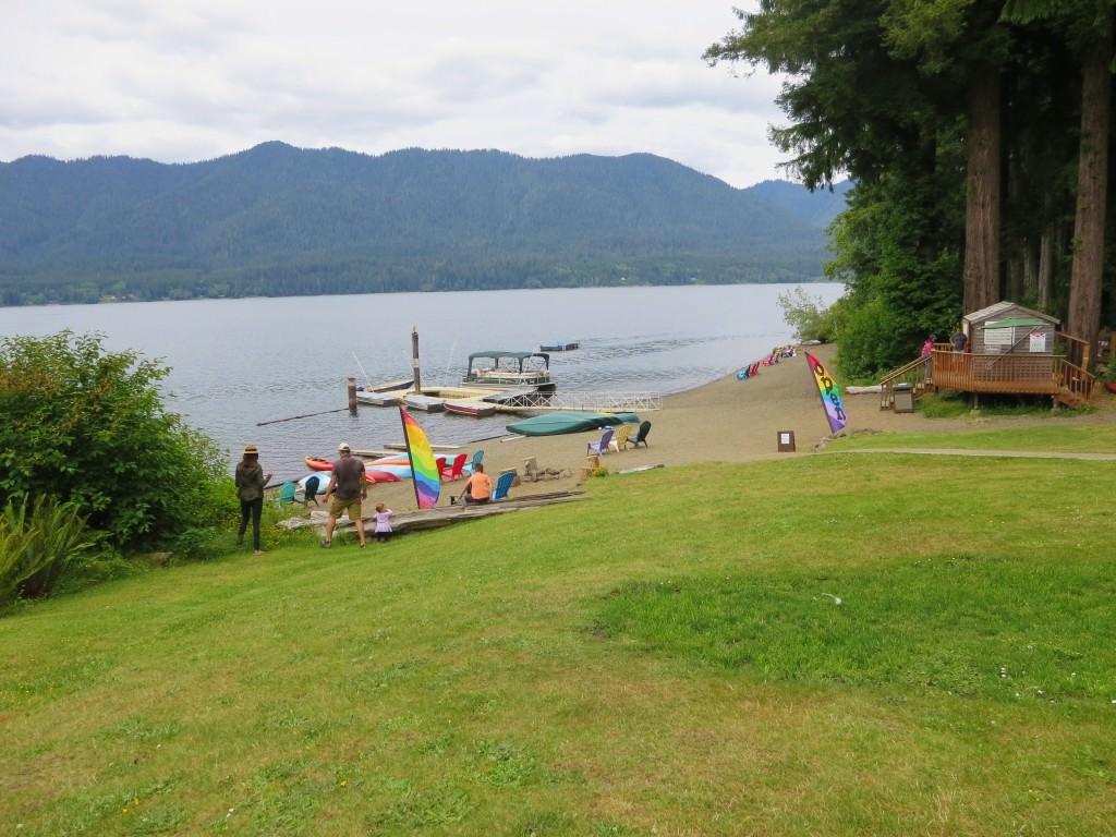 Lake Quinault Lodge beach