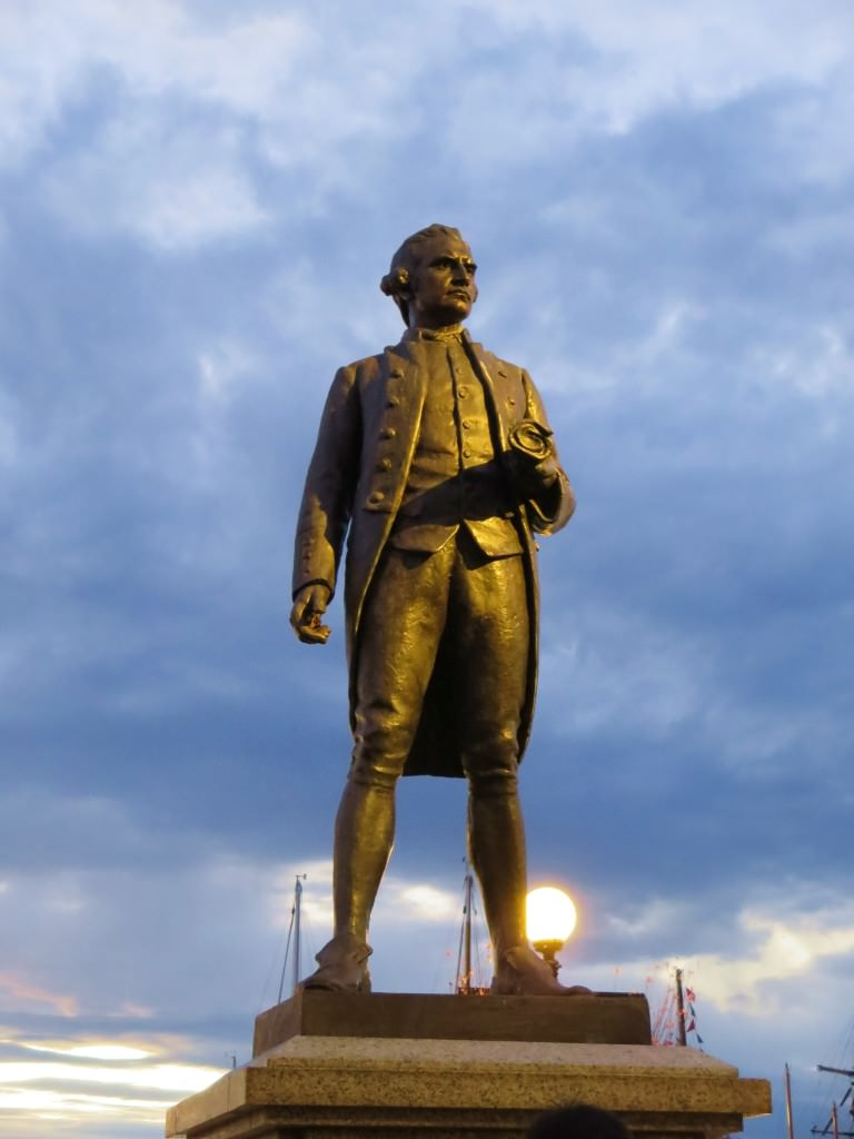 Captain Cook statue Victoria BC