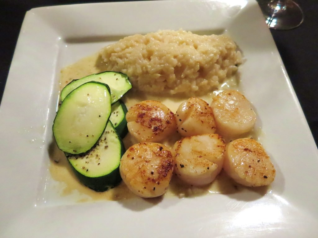Vin Du Lac Winery Chelan Scallops and risotto