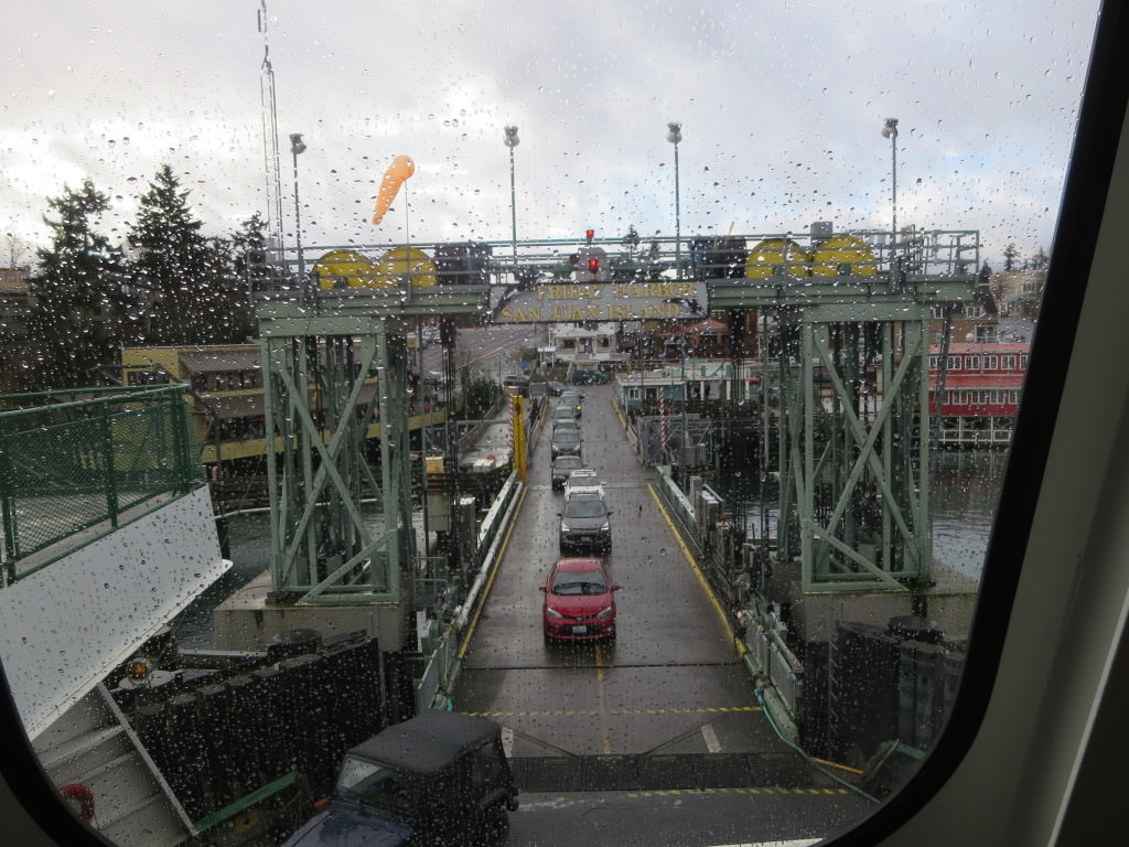 Cars loading onto the ferry heading to Anacortes in Friday Harbor