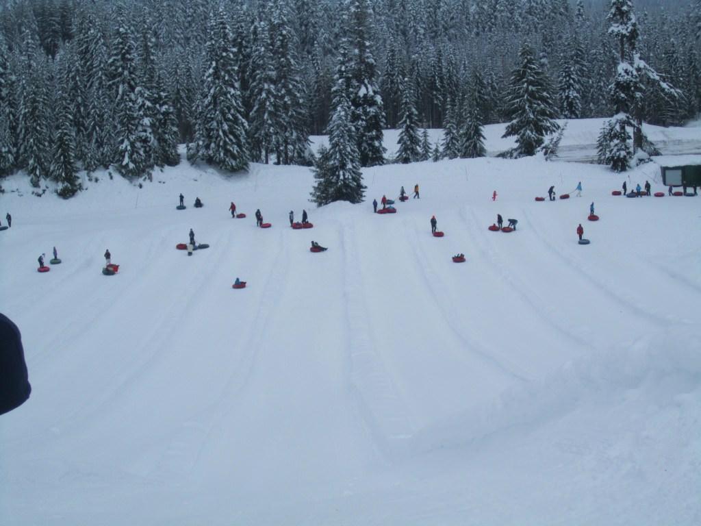 snow tubing at snoqualmie
