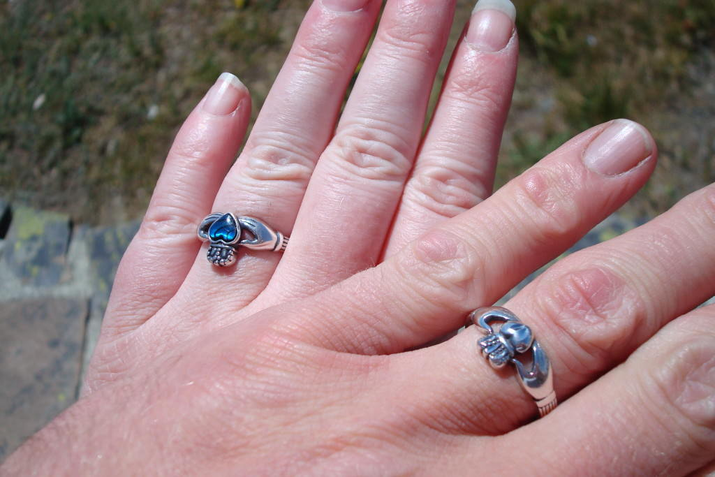 Our gift shop engagement rings