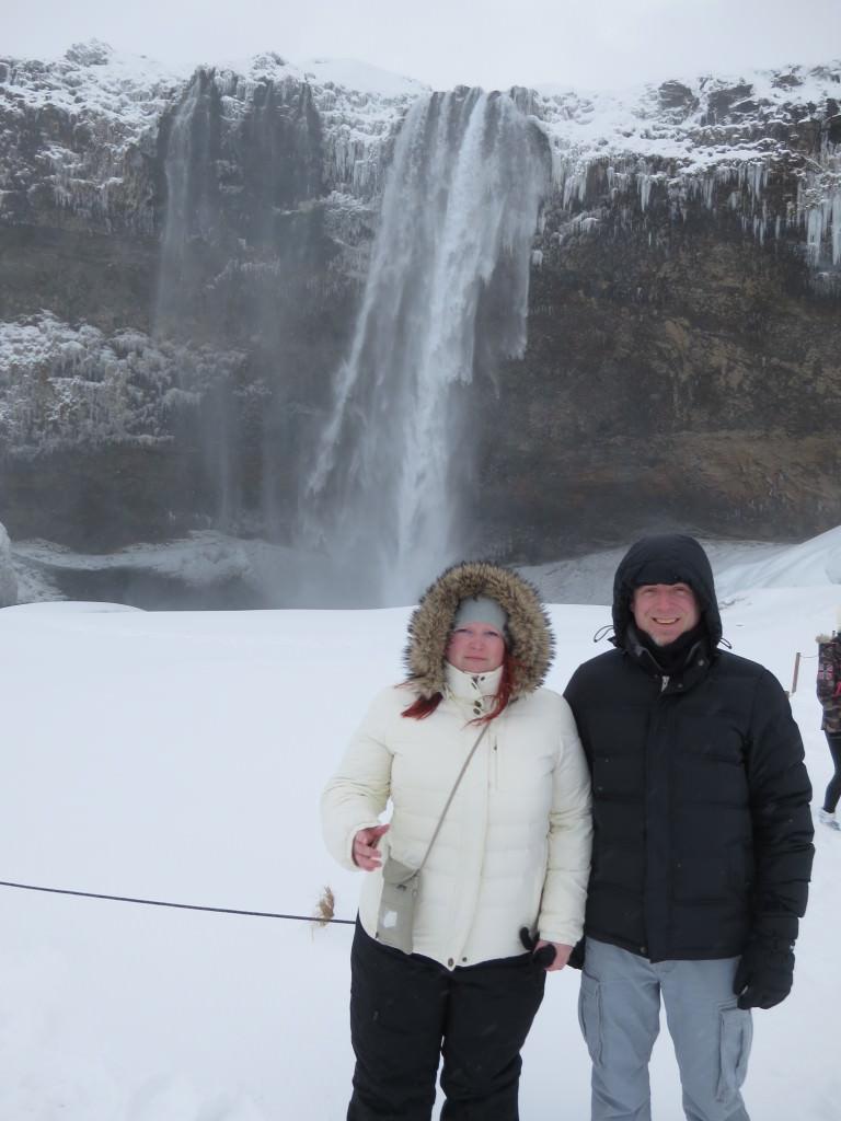 Iceland-Seljalandsfoss-3