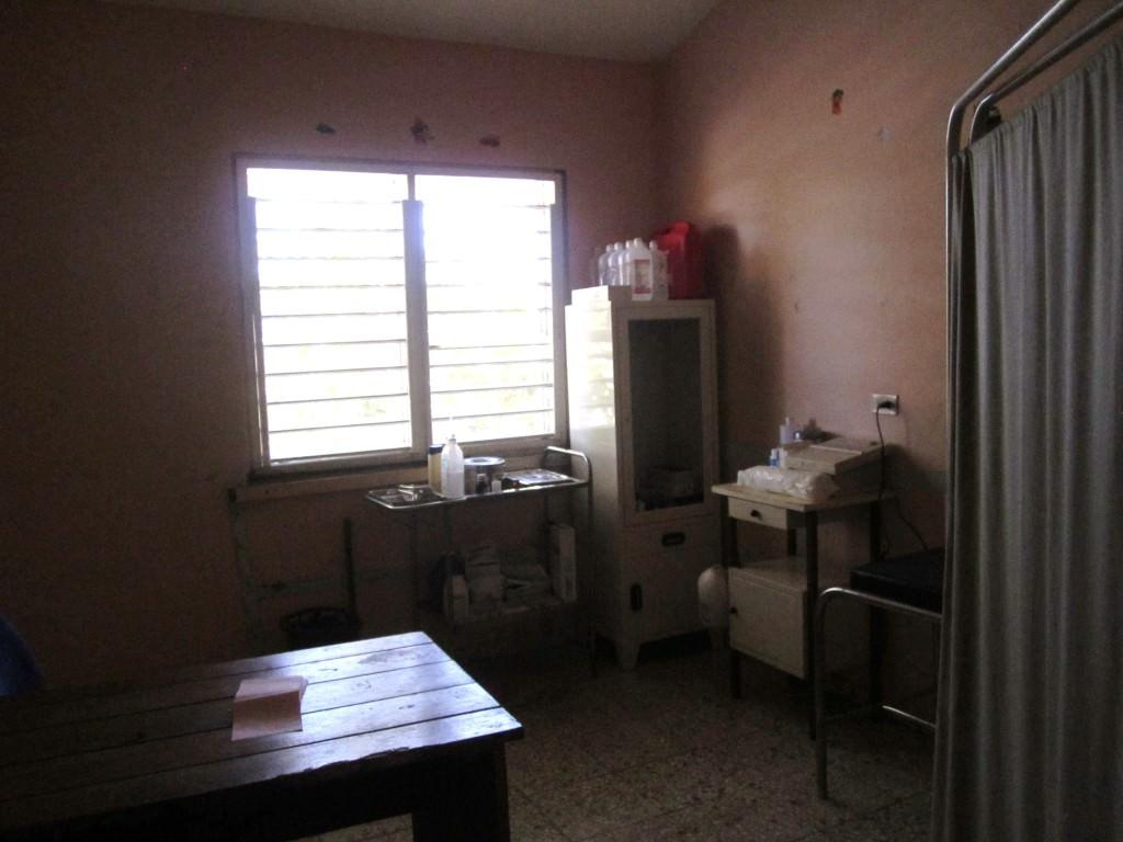 Hospital, Mano Juan, Isla Saona