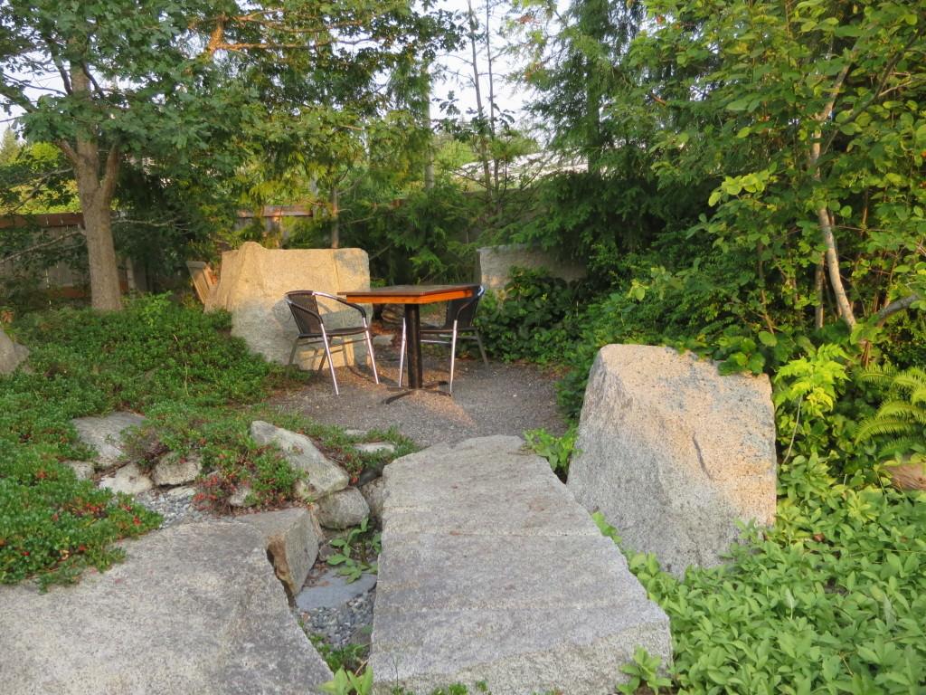 Backdoor-Kitchen-Friday-Harbor-summer (8)