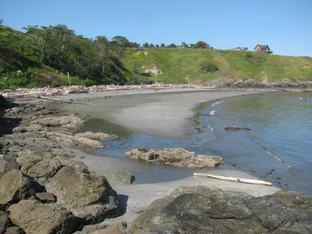 Eagle Cove Beach in the summer