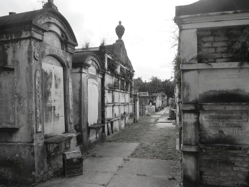 Halloween in New Orleans Layfayette Cemetery