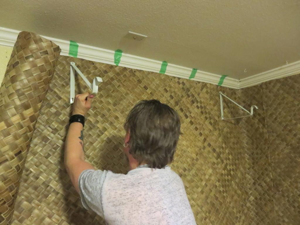 how-to-build-a-basement-tiki-lounge