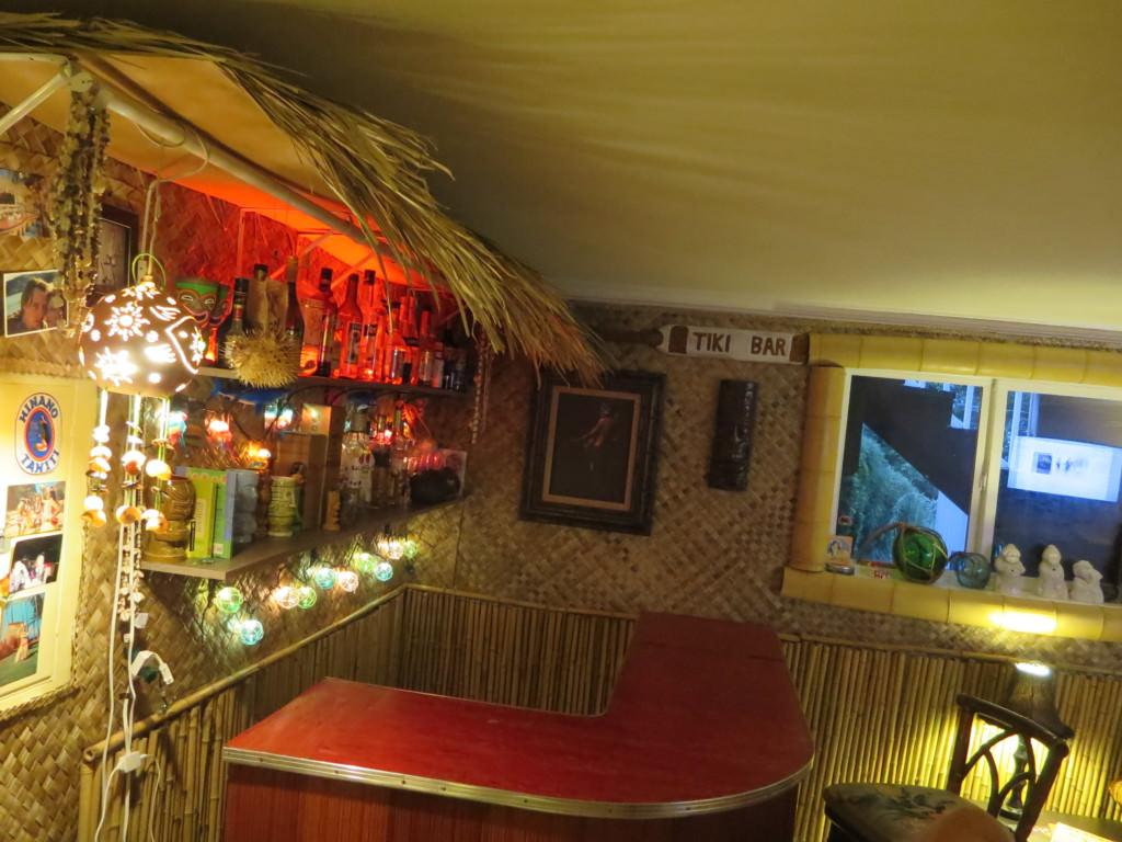 how to build a basement tiki bar