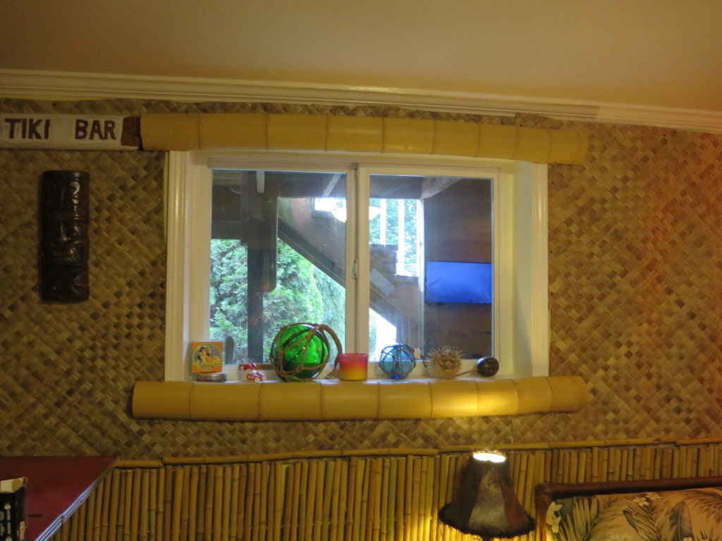 how to build a basement tiki lounge