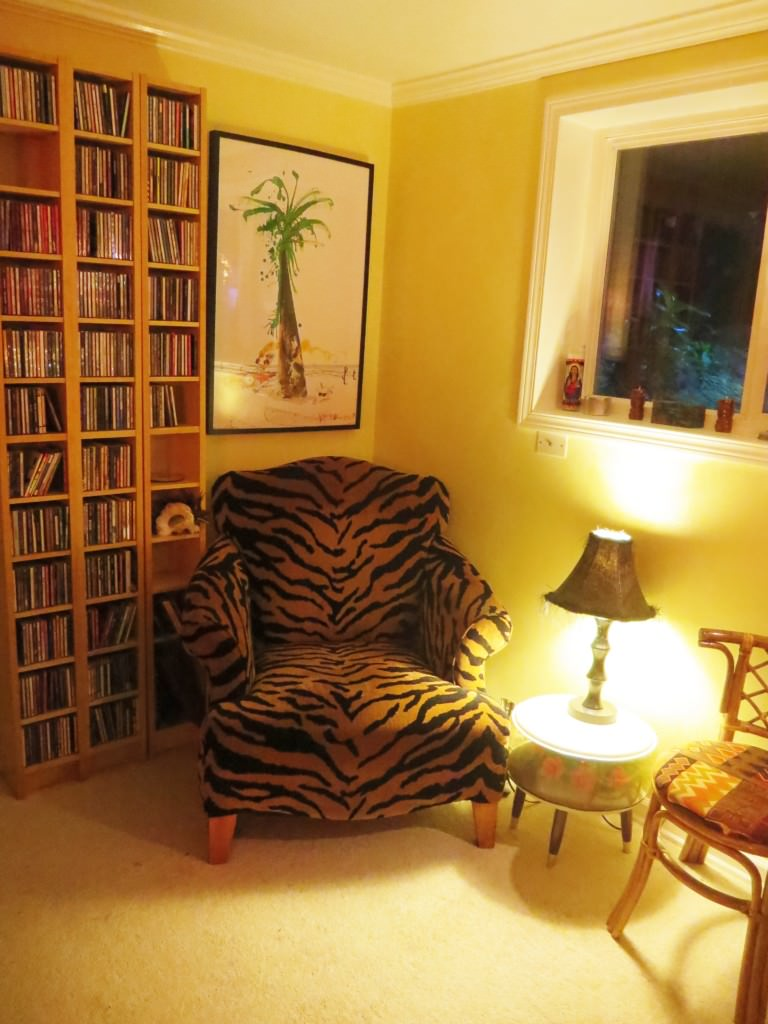 how-to-build-a-basement-tiki-lounge (9)