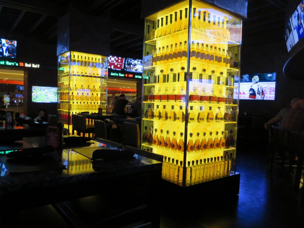 Cadillac Tequila Bar Golden Nugget