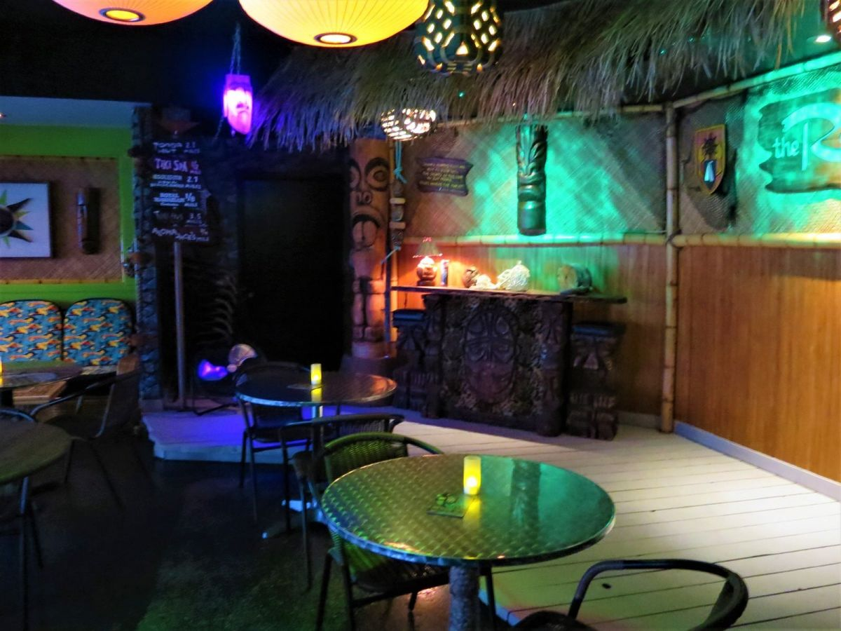 The Reef Tiki Bar Palm Springs